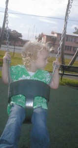Rhi swinging 2